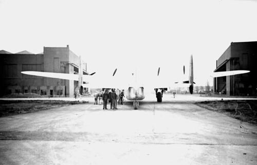 Avro York 3.5 20 wide angle Elmar 57 03