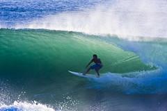 Surfing Burleigh Heads6_3