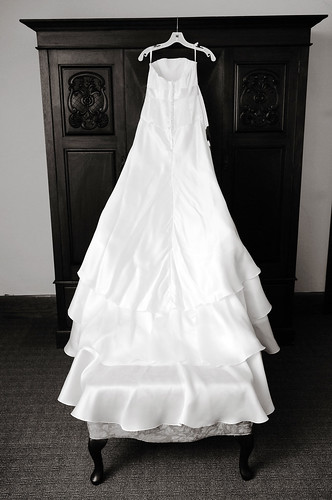 Iho royal wedding pip wedding gown the bump for Julian alexander wedding dresses