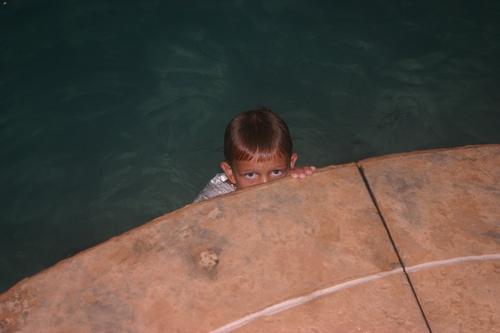 Peeking Chase