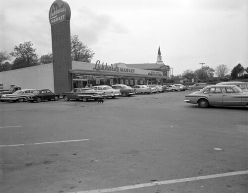 Lukhard's Market, Westbury Shopping Center