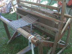 outdoor structure(0.0), loom(1.0),
