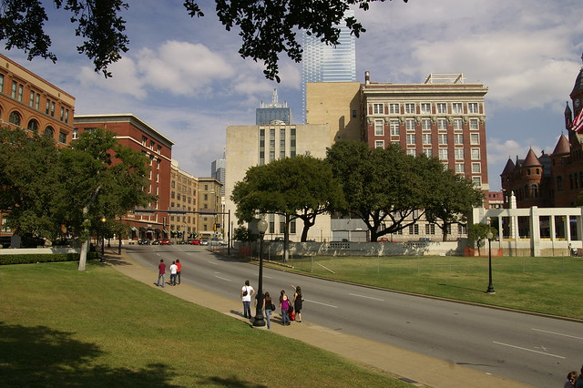 Dealey Plaza by CC user stuseeger on Flickr