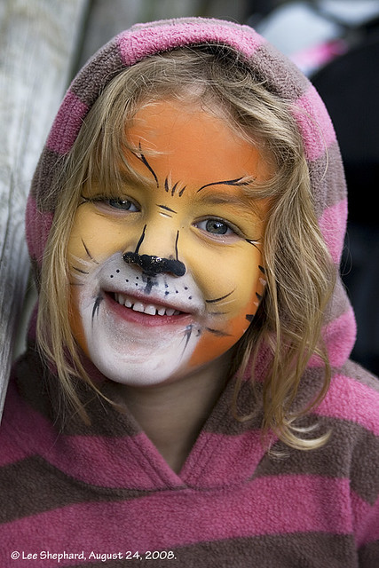 Face Painting Zoo Animals http://www.flickr.com/photos/68lbs_on_flickr/2818421753/