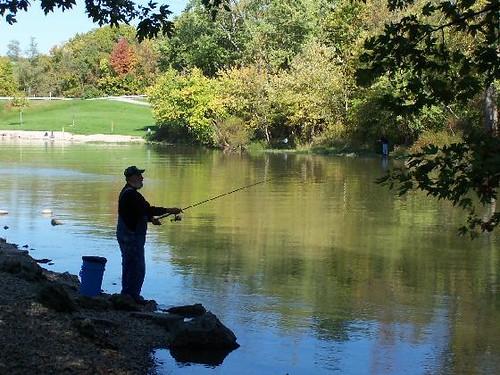 A fisherman on deer creek flickr photo sharing for Deer creek fishing
