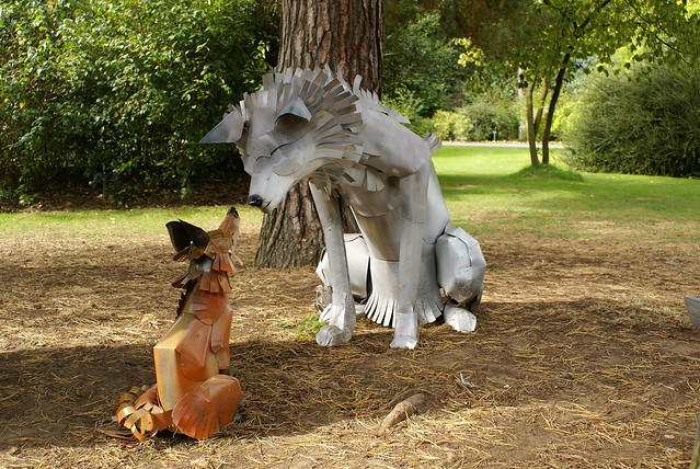 Wolf And Fox Sculpture Flickr Photo Sharing