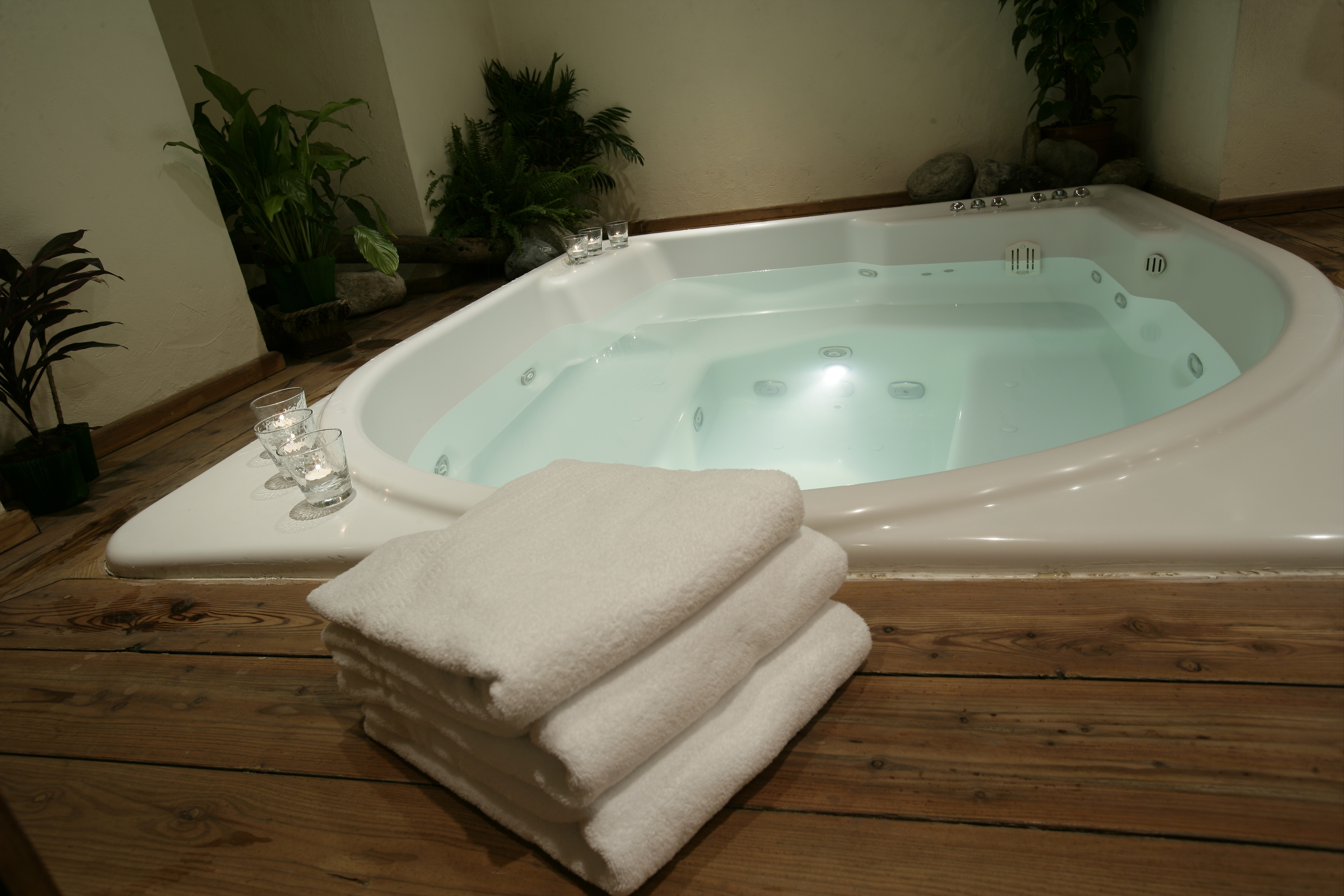 How to Clean Jacuzzi Tub Jets