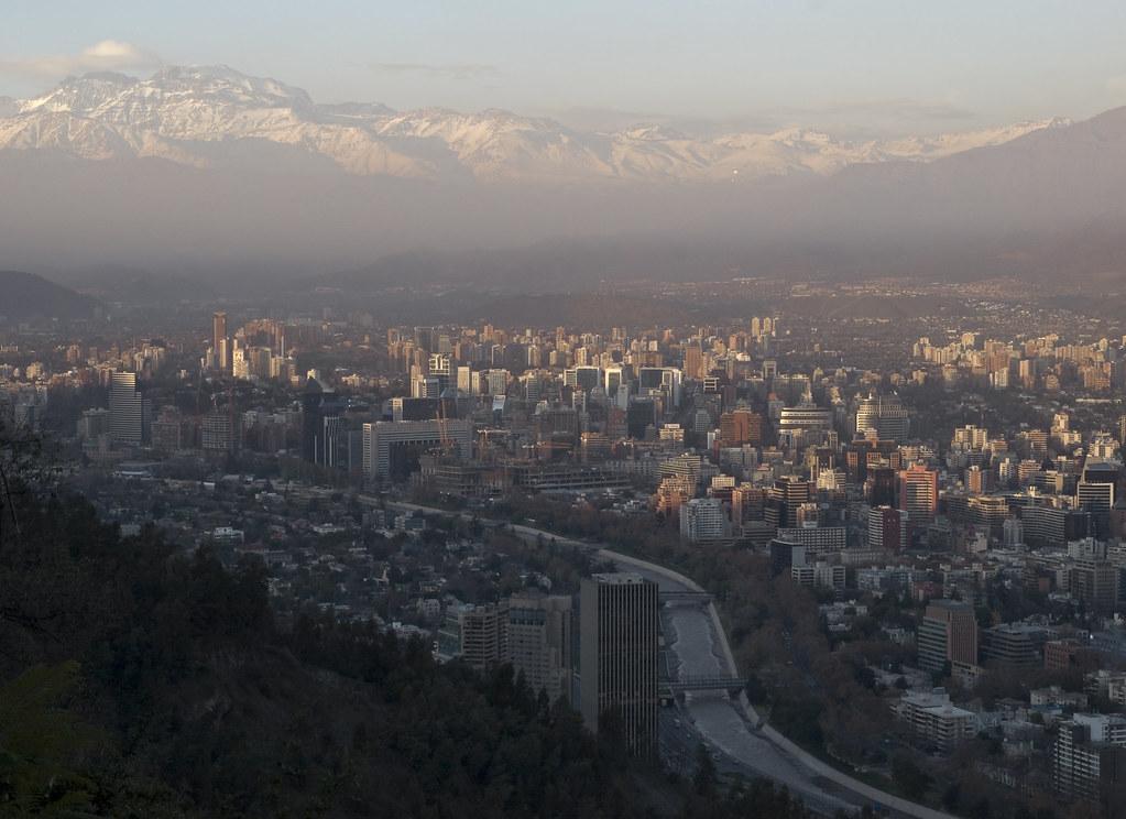 Vue du Cerro San Cristobal sur la ville.