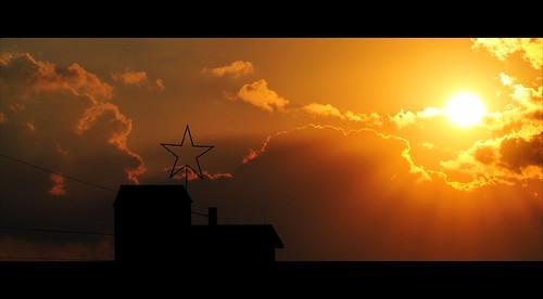 light sunset two sky orange usa sun black color building art fall yellow clouds star washington nikon shine missouri binary rays mm nikkor seagate beaufort washingtonmissouri d90 blueribbonwinner franklincounty abigfave 18105mm flickrlovers expressofpro 18–105