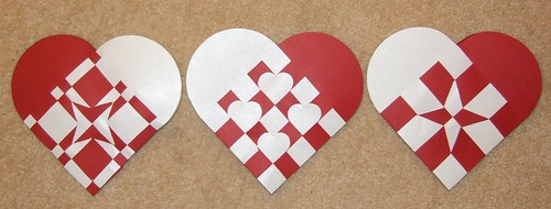 How To Weave A Danish Heart Basket : Danish christmas hearts including printable template