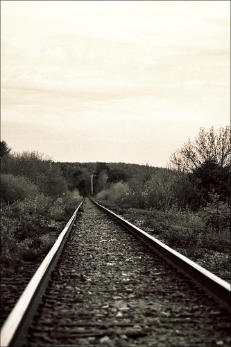 sunset canada cn canon is rail railway nb newbrunswick sj usm dslr ef saintjohn rothesay 24105mm 50d sjphoto nbphoto therule cans2s bmca
