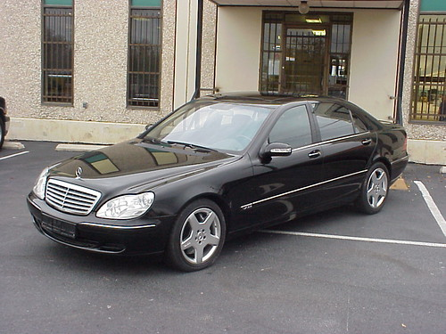 Armored bulletproof mercedes benz s600 sedan for Mercedes benz s600 coupe