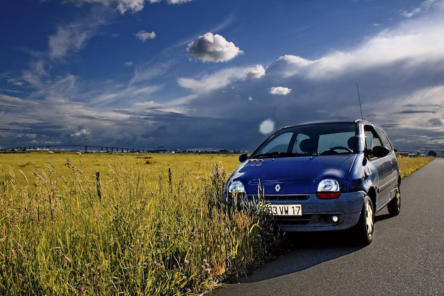 Twingo near Saint Nazaire bridge