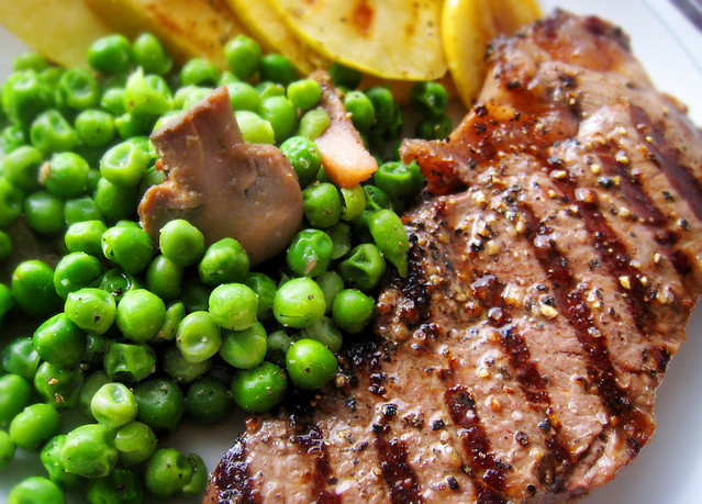 Steak with peas and golden apple slices | Flickr - Photo Sharing!