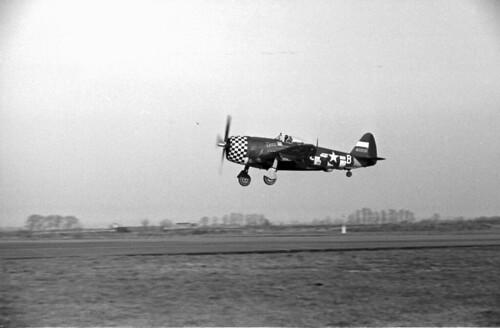 P47 Landing  04