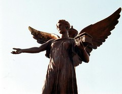 angel(1.0), art(1.0), wing(1.0), sculpture(1.0), mythology(1.0), monument(1.0), bronze sculpture(1.0), statue(1.0),