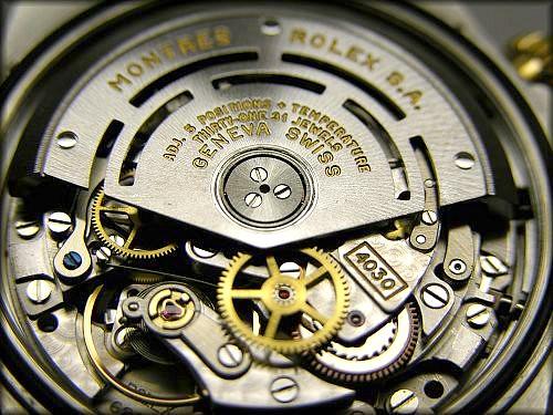 Rolex Daytona Cosmograph 1652/3 intérieur macro photo mouvement