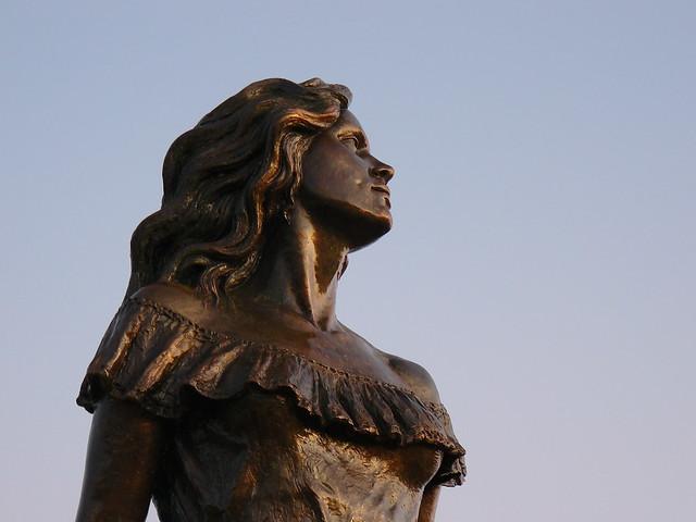 Estatua dedicada a Marisela, Estado Apure, Venezuela