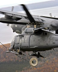 aircraft(1.0), aviation(1.0), helicopter rotor(1.0), black hawk(1.0), helicopter(1.0), vehicle(1.0), sikorsky s-70(1.0), military helicopter(1.0), military(1.0), air force(1.0),