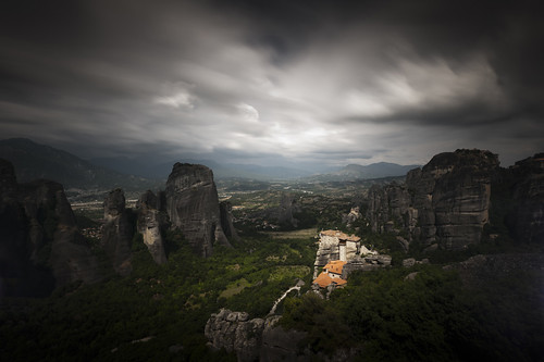 longexposure cloud blur heritage rock dark landscape landscapes atmosphere explore greece monastery ambient kalambaka rousanou explored metora d3x μετέωρα