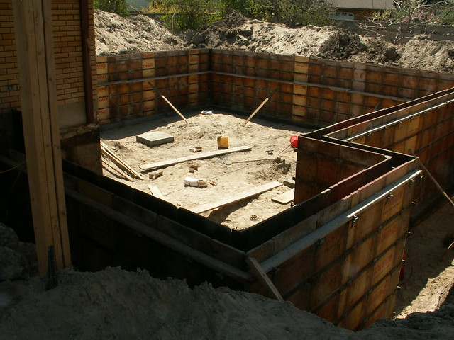 Basement foundation forms flickr photo sharing for Basement forms