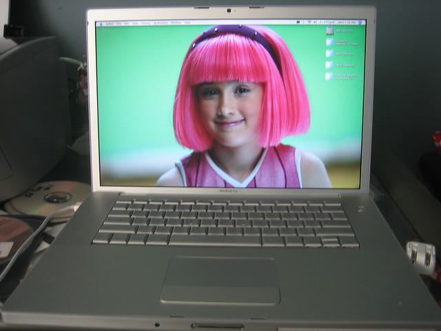 Stephanie + MacBook Pro
