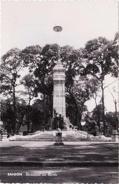 Saigon - Monument aux Morts