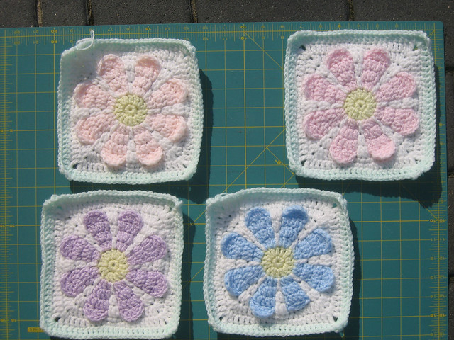 Charity Crochet Patterns : Charity Daisy Crochet Pattern, all colors