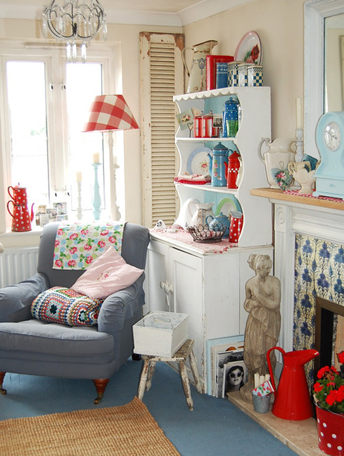 My Vintage Pad - Home Tour Happy Harris