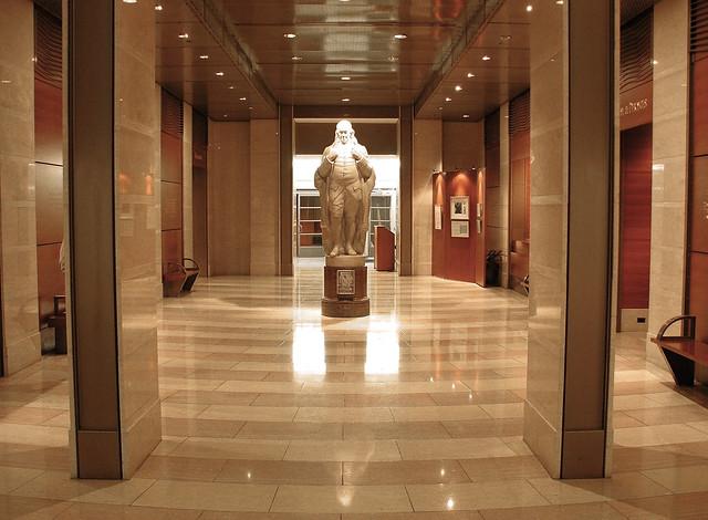 Foyer Museum Zip Code : B c ef z g