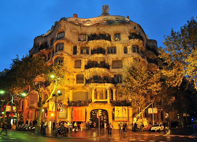 casa mila (la pedrera)  Flickr - Photo Sharing!