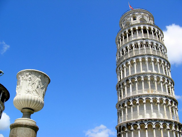 Leaning Tower of Pisa - Flickr CC harshlight