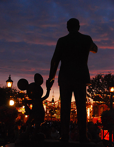 """Partners"" Walt and Mickey at Disneyland Christmas 2008"