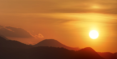 sunset shadow cloud sun gold golden earth burning