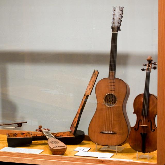 Photo:Stradivarius Guitar, violin, mandolin and case By ljguitar