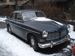 performance car(0.0), mercedes-benz w111(0.0), sports car(0.0), automobile(1.0), automotive exterior(1.0), vehicle(1.0), compact car(1.0), antique car(1.0), volvo cars(1.0), sedan(1.0), classic car(1.0), land vehicle(1.0), luxury vehicle(1.0), volvo amazon(1.0),
