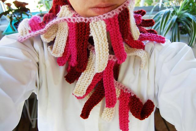 iHanna in scarf