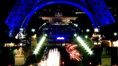 Tour Eiffel bleue - Blue Eiffel tower - Présidence française du Conseil de l'Union Européenne