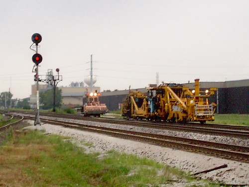 BNSF Railway track maintenance crew at work. Hodgkins Illinois. September 2007. by Eddie from Chicago
