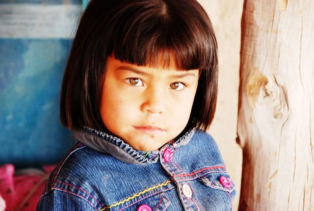 维吾尔族小姑娘