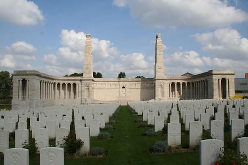 Vis en Artois - VeA British Cemetery 07. License Attribution Some rights reserved by jinterwas