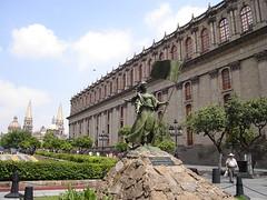 Monumento a Beatriz Hernández