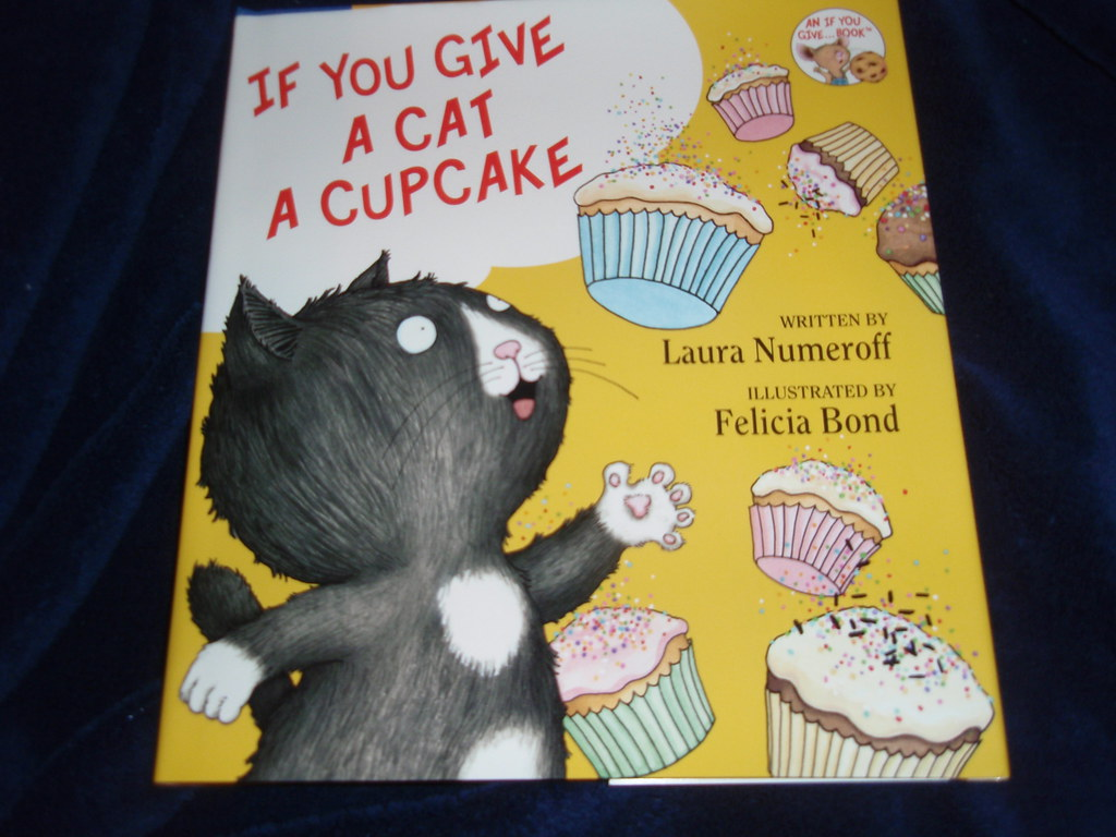 We Heart If You Give A Cat A Cupcake