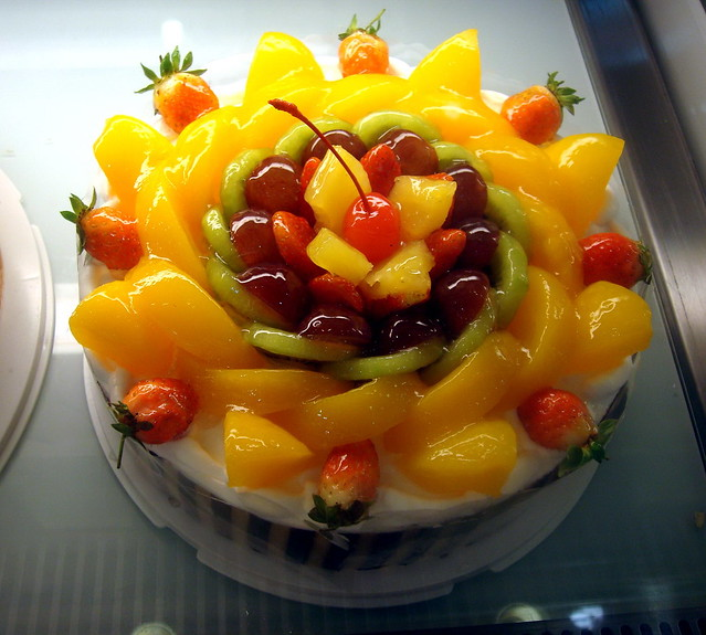 Cake With Fruit Topping : Cake Fruit Topping Cake Ideas and Designs