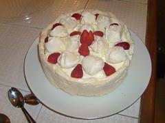 pavlova, cake, semifreddo, buttercream, baked goods, whipped cream, food, icing, dish, dessert, cuisine, mascarpone,