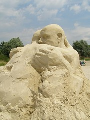 Sand Sculpture - friends