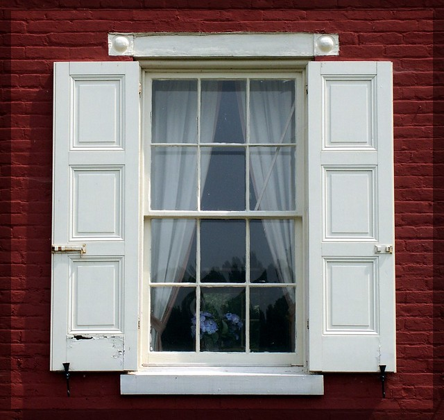 Lock house window the lock house havre de grace md for Windows for your home