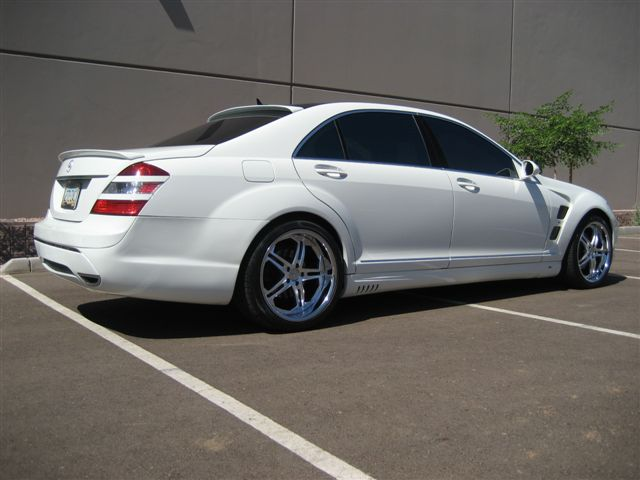 White mercedes benz s550 w lorinser kit on vossen vvs075 for 2009 mercedes benz s550 amg