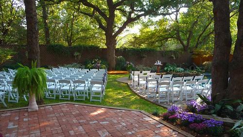 Backyard Wedding: The Aisle by Undersan