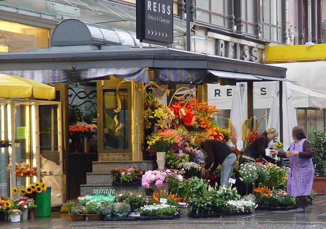 flowershop, flower delivery, interflora